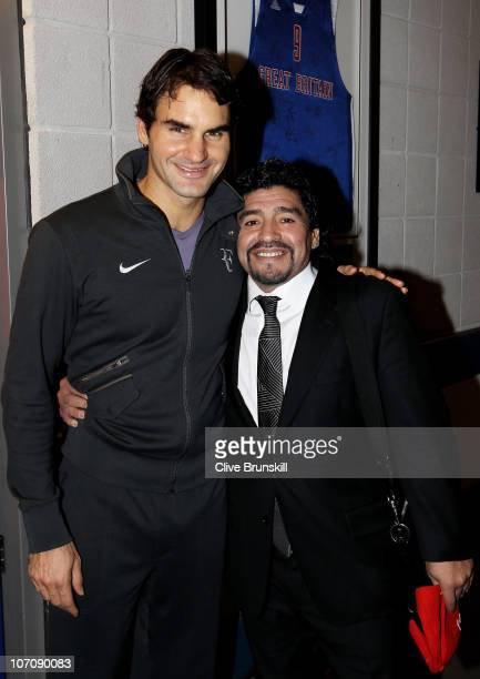 Roger Federer of Switzerland and Former Argentinian footballer Diego Maradona attend the ATP World Tour Finals at O2 Arena on November 23, 2010 in...