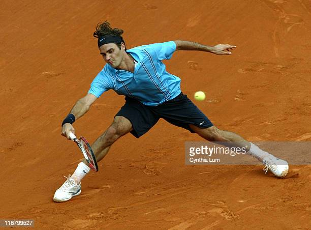 Roger Federer of Switzerland, in action, defeating Nikolay Davydenko, of Russia, 7-5, 7-6, 7-6 in the semi final of the 2007 French Open in Roland...