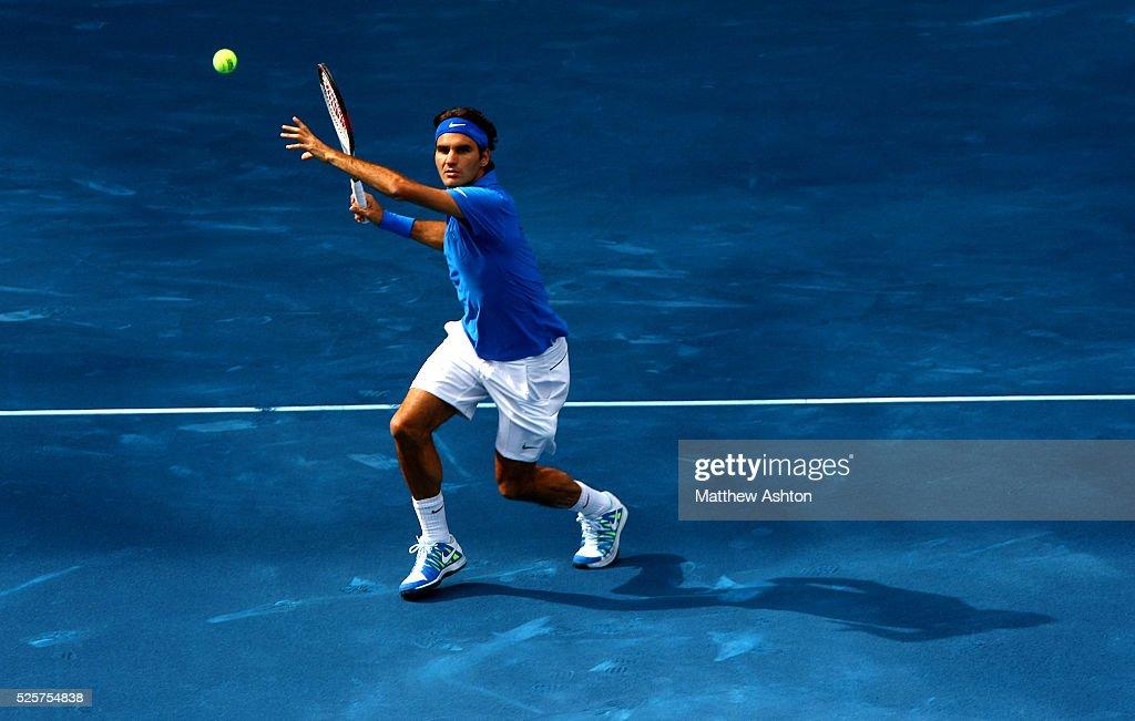 Tennis - Mutua Madrid Open 2012 - Roger Federer v Tomas Berdych : ニュース写真