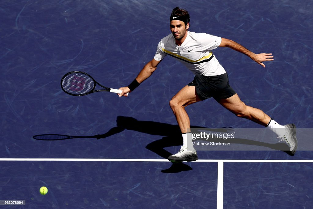 Roger Federer of Switzerland plays Borna Coric of Croatia during the semifinals of the BNP Paribas Open at the Indian Wells Tennis Garden on March 17, 2018 in Indian Wells, California.