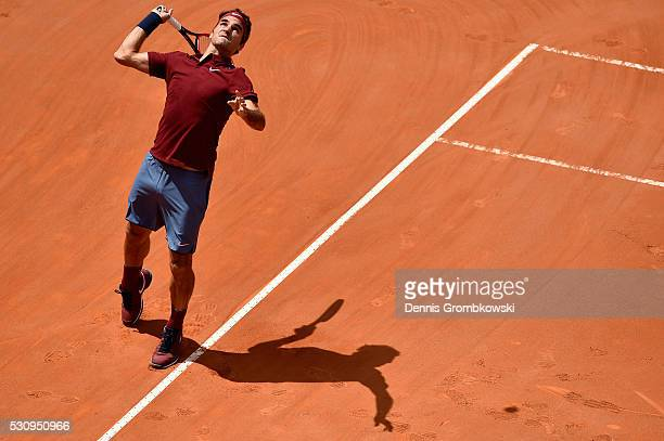 Roger Federer of Switzerland serves in his match against Dominic Thiem of Austria on Day Five of The Internazionali BNL d'Italia on May 12 2016 in...