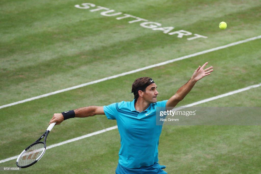 Roger Federer v Mischa Zverev - Mercedes Cup Stuttgart : ニュース写真