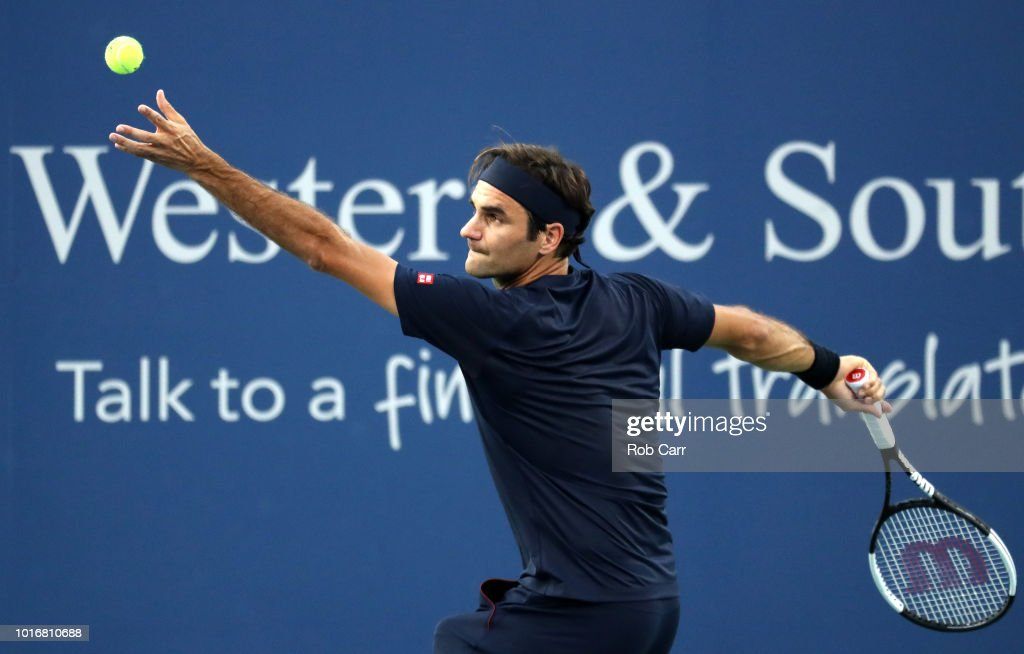 Roger Federer of Switzerland serves to Peter Gojowczyk of Germany during Day 4 of the Western and Southern Open at the Lindner Family Tennis Center on August 14, 2018 in Mason, Ohio.