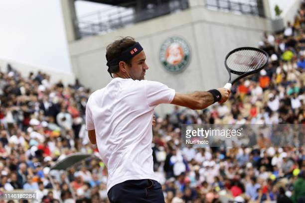 Roger Federer training in Suzanne Lenglen court during Roland Garros kids day on May 25 2019 in Paris France