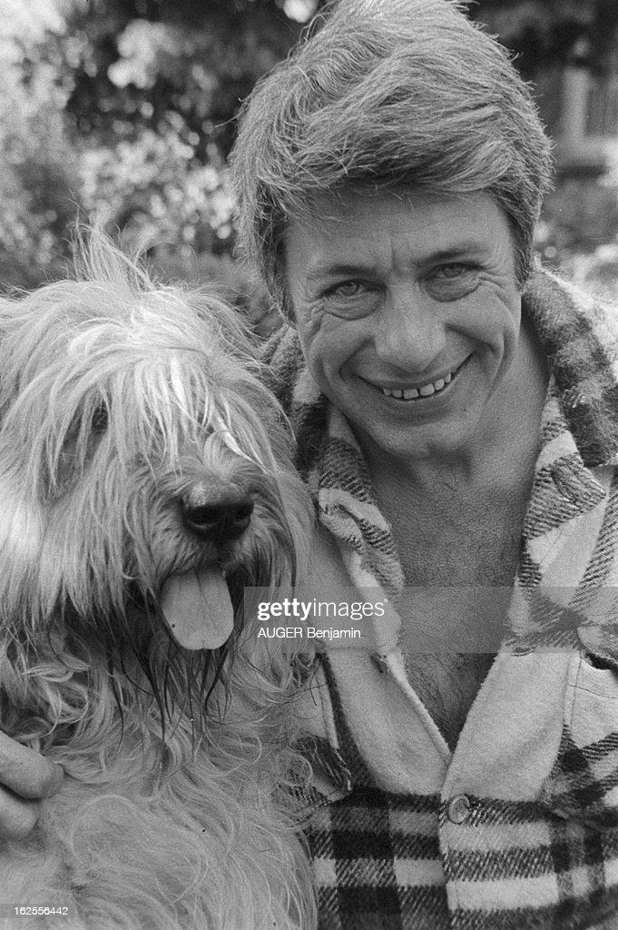 Roger Gicquel On Holiday In His Property. Roger GICQUEL reçoit 'Paris...  Photo d'actualité - Getty Images