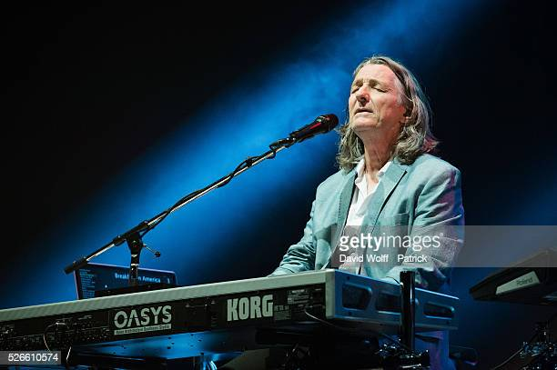 Roger Hodgson performs at L'Olympia on April 30 2016 in Paris France