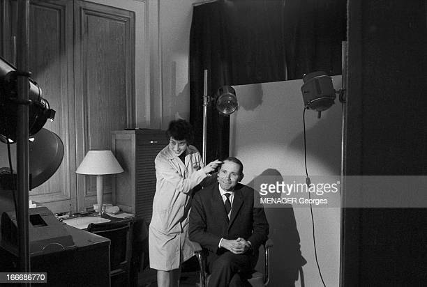 Roger Julien The Youngest Member Of Parliament Of France Is Returned To Its National Assembly Paris le 5 décembre 1962 Roger JULIEN 30 ans le plus...