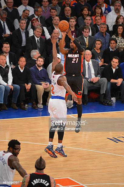 Roger Mason Jr #21 of the Miami Heat shoots the ball against the New York Knicks on January 09 2014 at Madison Square Garden in New York City NOTE TO...