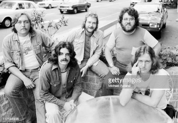 Roger McGuinn with his band London 1974 Richard Bowden second right