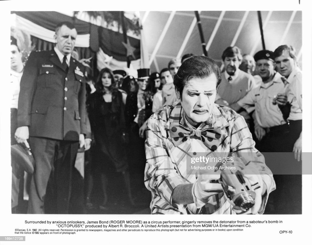 Roger Moore In 'Octopussy' : News Photo