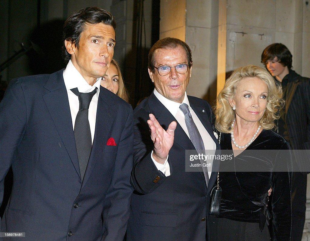 'Giorgio Armani: A Retrospective' Gala Private View : News Photo