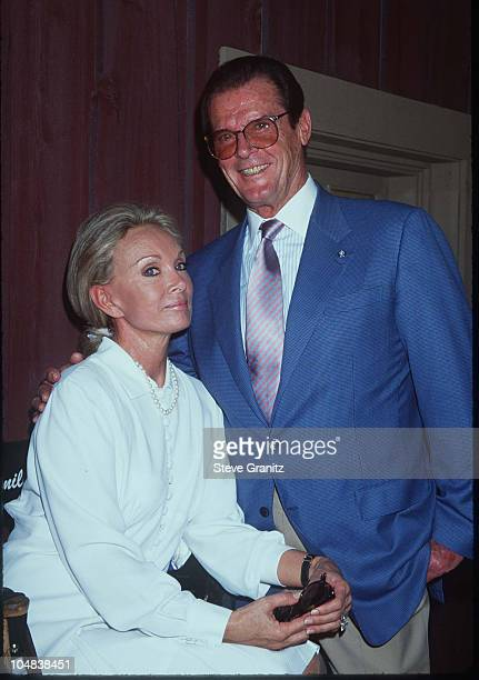 Roger Moore Kristina Tholstrup during Press Conference for UNICEF On Set of Dr Quinn at Paramount Ranch in Malibu California United States