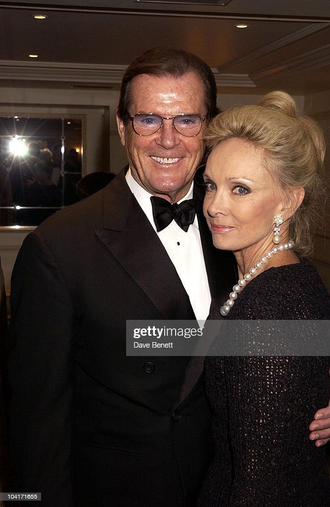 Roger Moore_christina Tholstrup, The Evening Standard Film Awards, At The Savoy Hotel In London