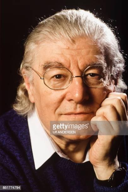 Roger Planchon metteur en scène de théâtre et comédien le 15 mars 1992 à Paris France