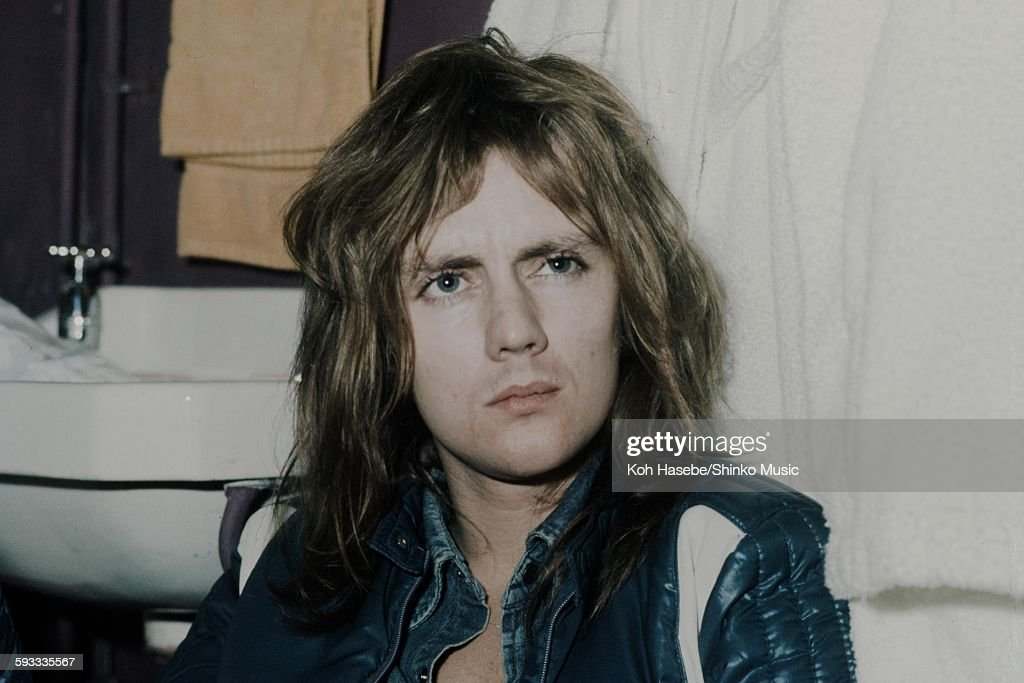 Roger Taylor Queen In A Dressing Room : News Photo