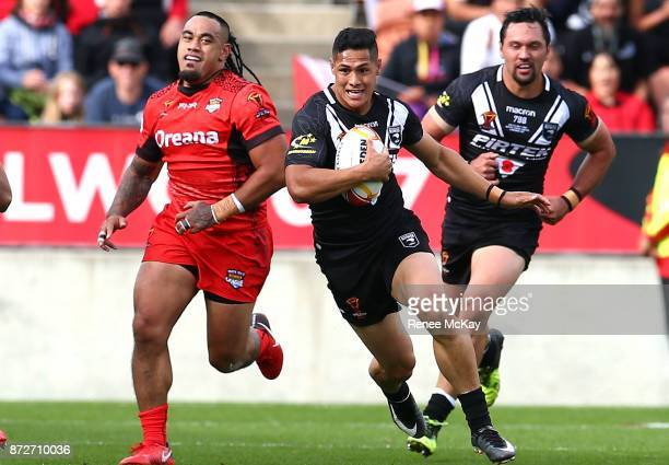 Roger Tuivasa Sheck of the Kiwis during the 2017 Rugby League World Cup match between the New Zealand Kiwis and Tonga at Waikato Stadium on November...