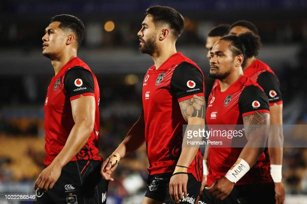 Roger TuivasaSheck and Shaun Johnson warm up ahead of the round 24 NRL match between the New Zealand Warriors and the Penrith Panthers at Mt Smart...