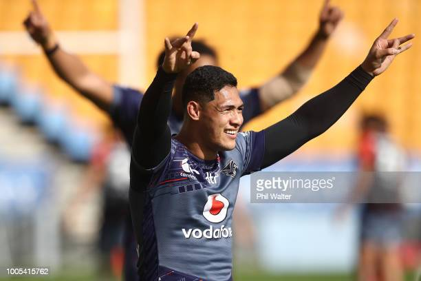 Roger TuivasaSheck of the Warriors celebrates during a New Zealand Warriors NRL training session on July 26 2018 in Auckland New Zealand