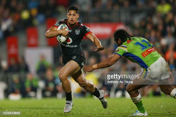 Roger TuivasaSheck of the Warriors makes a run during the round 25 NRL match between the New Zealand Warriors and the Canberra Raiders at Mt Smart...