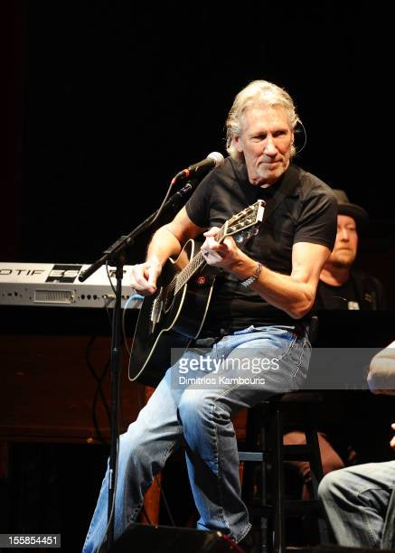 Roger Waters performs at the 6th Annual Stand Up For Heroes at the Beacon Theatre on November 8, 2012 in New York City.