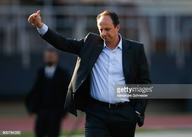 Rogerio Ceni head coach of Sao Pauloi enters the field before during the match between Sao Paulo and Fluminense for the Brasileirao Series A 2017 at...