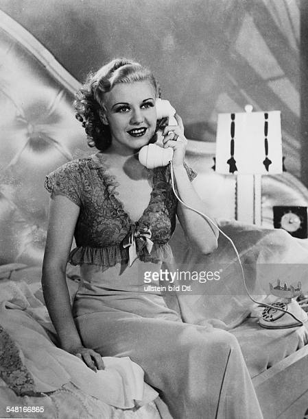 Rogers Ginger Singer dancer actress USA * Scene from the movie 'Top Hat'' Directed by Mark Sandrich USA 1935 Produced by RKP Pictures Vintage...