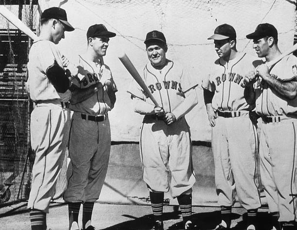 Rogers Hornsby Instructs Browns 1952