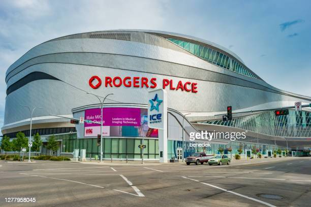 rogers place arena edmonton alberta canada - edmonton stock pictures, royalty-free photos & images