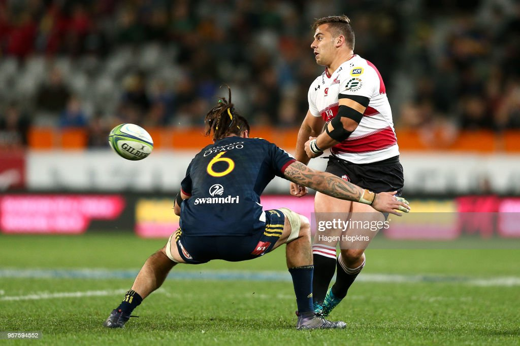 Rohan janse van Rensburg of the Lions passes during the round 12 Super Rugby match between the Highlanders and the Lions at Forsyth Barr Stadium on May 12, 2018 in Dunedin, New Zealand.