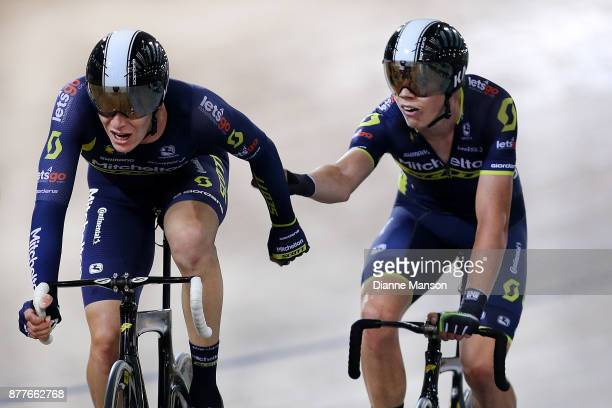 Rohan Wight and Kelland O'Brien of Australia compete in the Men's Elite Madison during the New Zealand Oceania Track Championships on November 23...