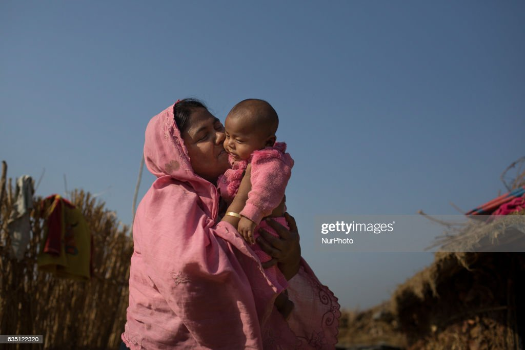 Daily life in Kutupalong Refugee Camp : News Photo