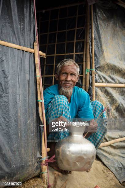 rohingya muslim man in refugee camp near cox's bazar, bangladesh - bangladesh stock pictures, royalty-free photos & images