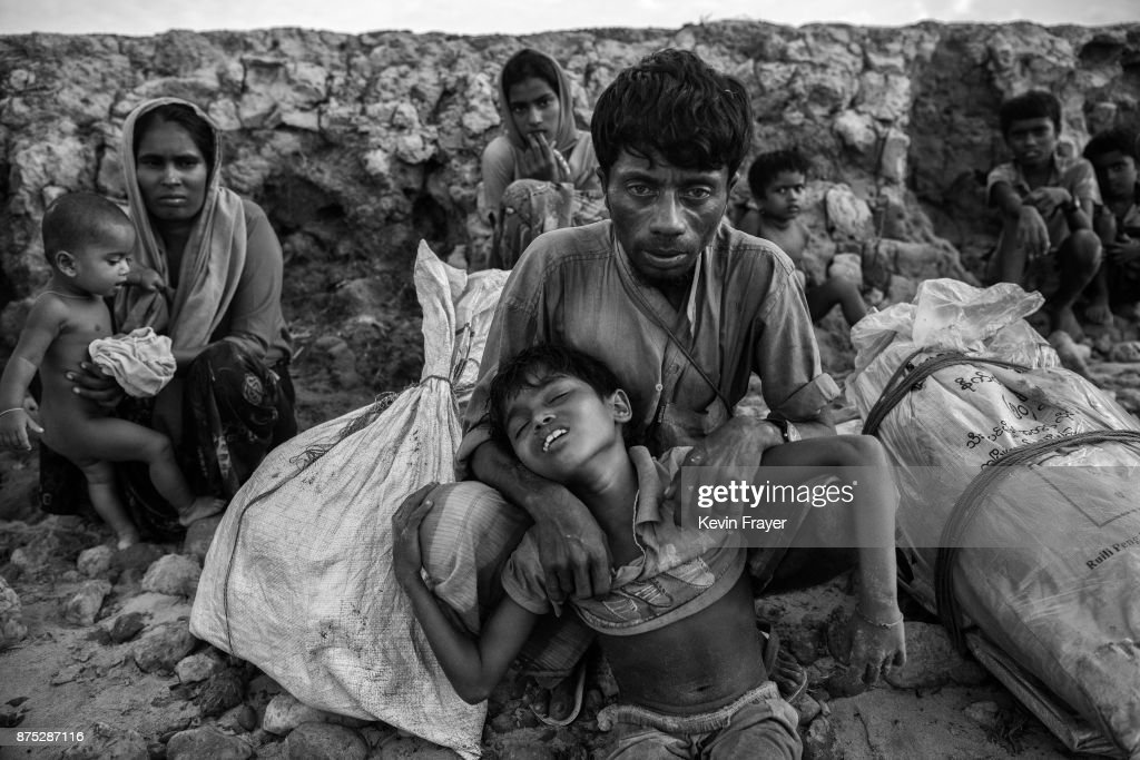 Rohingya Refugees Flee Into Bangladesh to Escape Ethnic Cleansing : News Photo