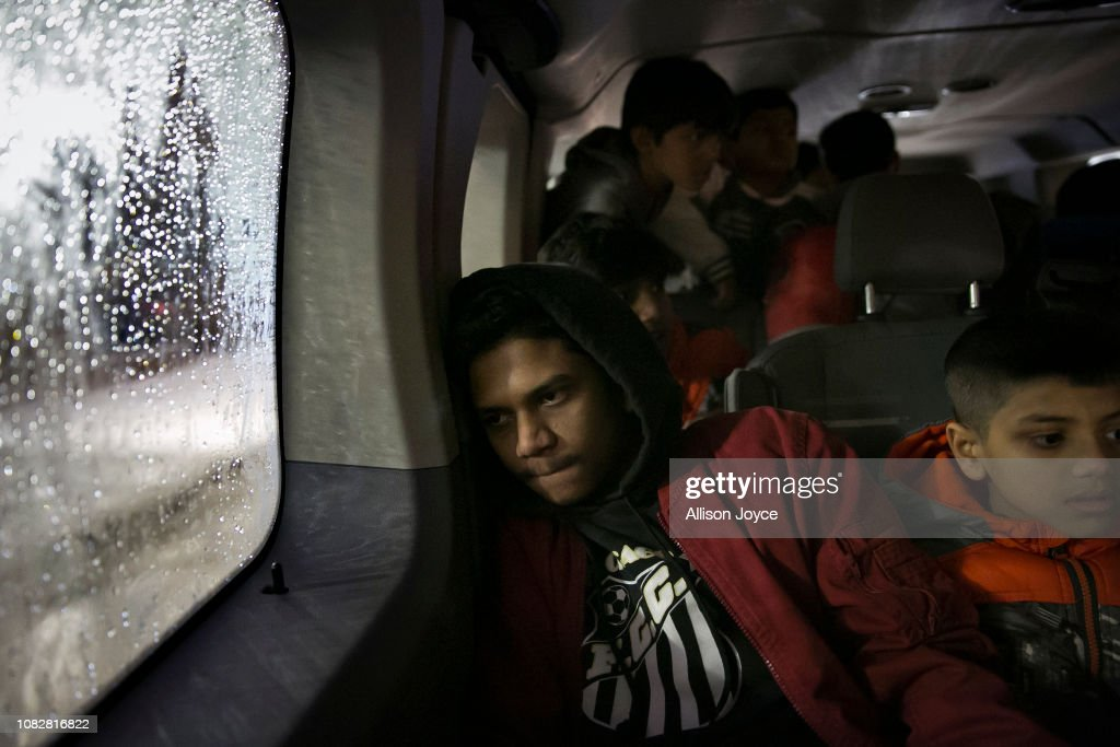 Cultural Center In Chicago Aids Rohingya Refugees Resettling In The U.S. : Nachrichtenfoto