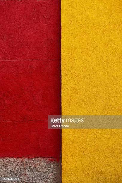 Rojo y amarillo