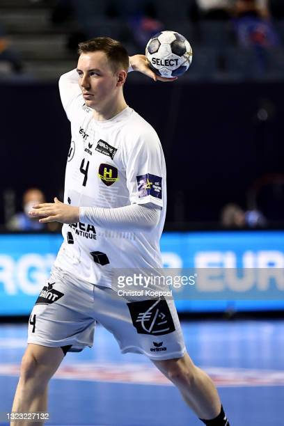 Rok Ovnicekof HBC Nantes passes the ball during the VELUX EHF Champions League FINAL4 semi-final between FC Barcelona v HBC Nantes at Lanxess Arena...
