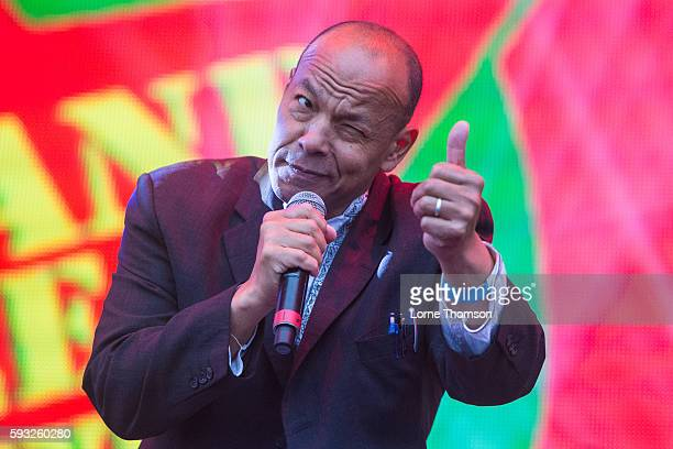 Roland gift getty images rewind south negle Images