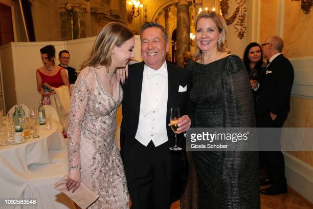 Roland Kaiser and his daughter Annalena Kaiser and his wife Silvia Kaiser during the Semper Opera Ball 2019 at Semperoper on February 1, 2019 in...