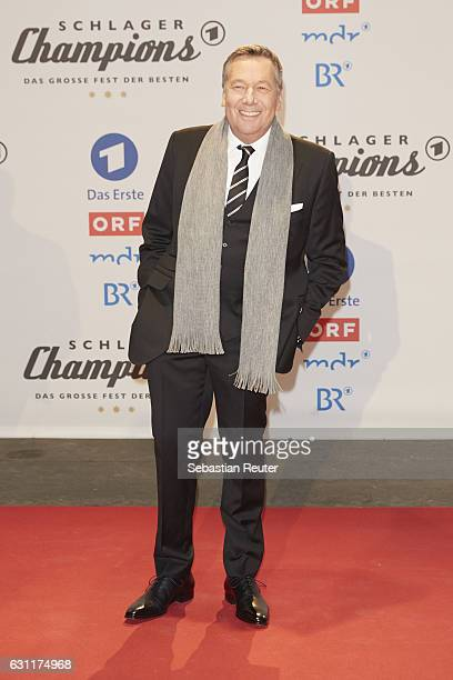 Roland Kaiser attends the 'Das grosse Fest der Besten' tv show at Velodrom on January 7 2017 in Berlin Germany