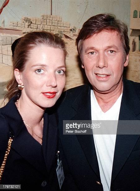 Roland Kaiser mit Ehefrau Silvia PförtnerARDShow Festival des DeutschenSchlagers Bremen Aladin