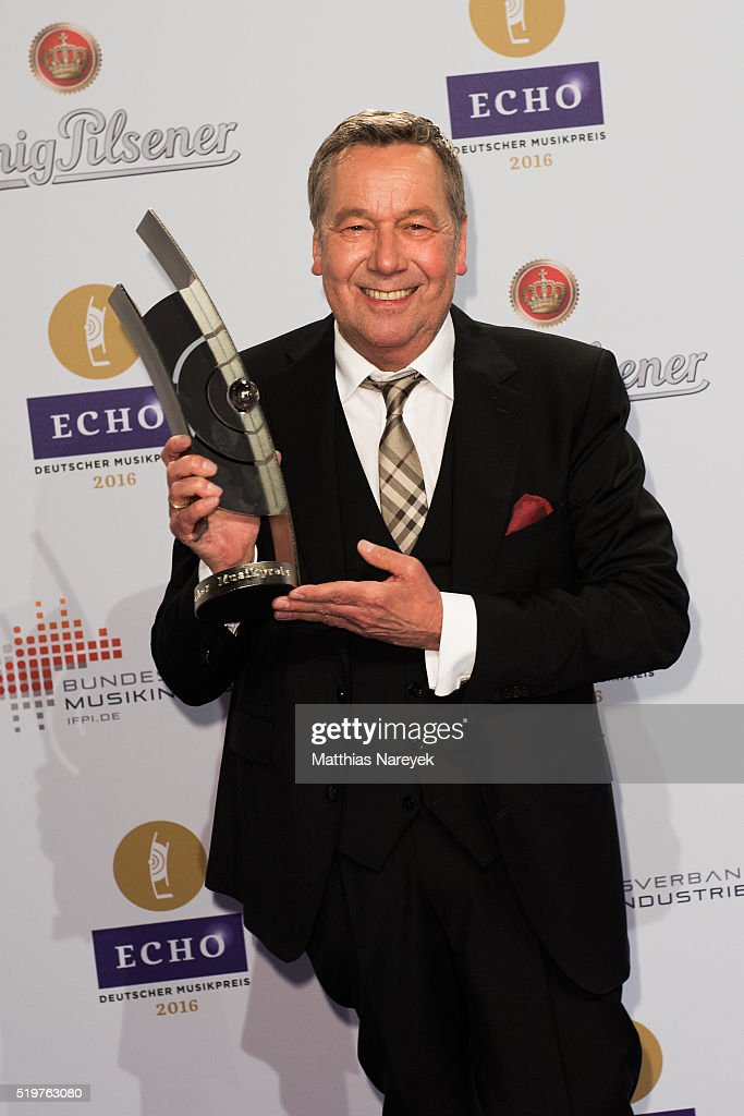 Roland Kaiser poses with his award at the winners board during the Echo Award 2016 on April 7, 2016 in Berlin, Germany.