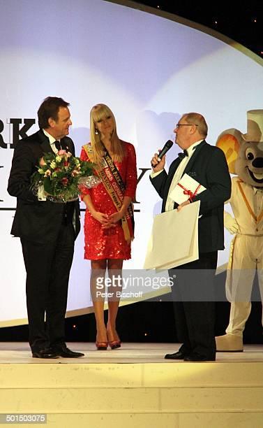 Roland Mack AnneKathrin Kosch Horst Klemmer 'EuroMaus' Wahl zur 'Miss Germany 2012' 'Europa Park' Rust bei Freiburg BadenWürttemberg Deutschland...