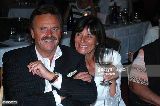 """Roland Mack , Ehefrau Marianne, """"Das große Miss Germany-Treffen"""", """"Hotel Colosseo"""", """"Europa-Park"""", Rust, Baden-Württemberg, Deutschland, Europa,..."""