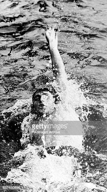 Roland Matthes powers through the water on his way to setting a new World Record for the 200m backstroke