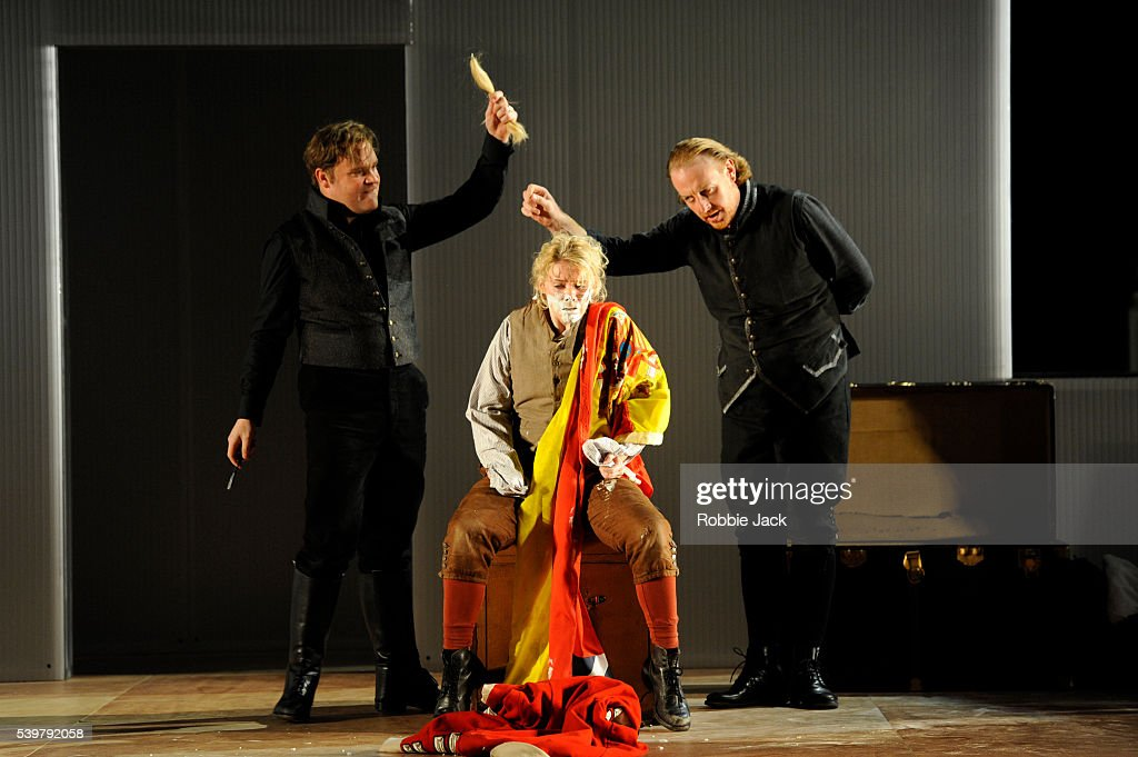 "UK - Mozart's opera ""The Marriage of Figaro"" in London : News Photo"