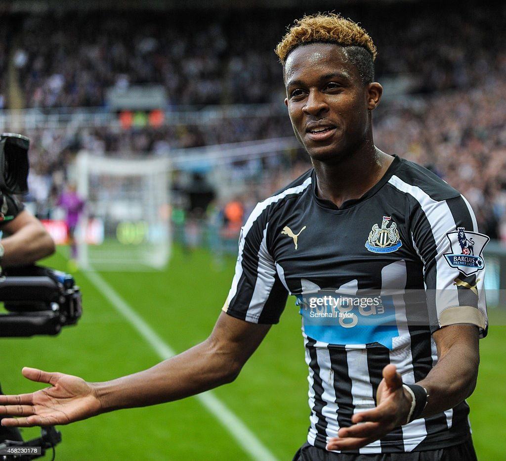 Newcastle United v Liverpool - Barclays Premier League : News Photo