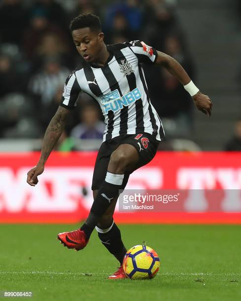 Rolando Aarons of Newcastle United controls the ball during the Premier League match between Newcastle United and Manchester City at St James Park on...