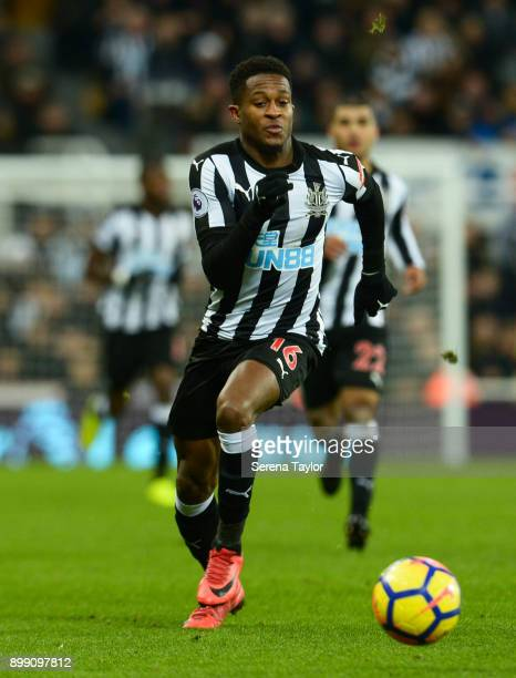 Rolando Aarons of Newcastle United controls the ball during the Premier League match between Newcastle United and Manchester City at StJames' Park on...