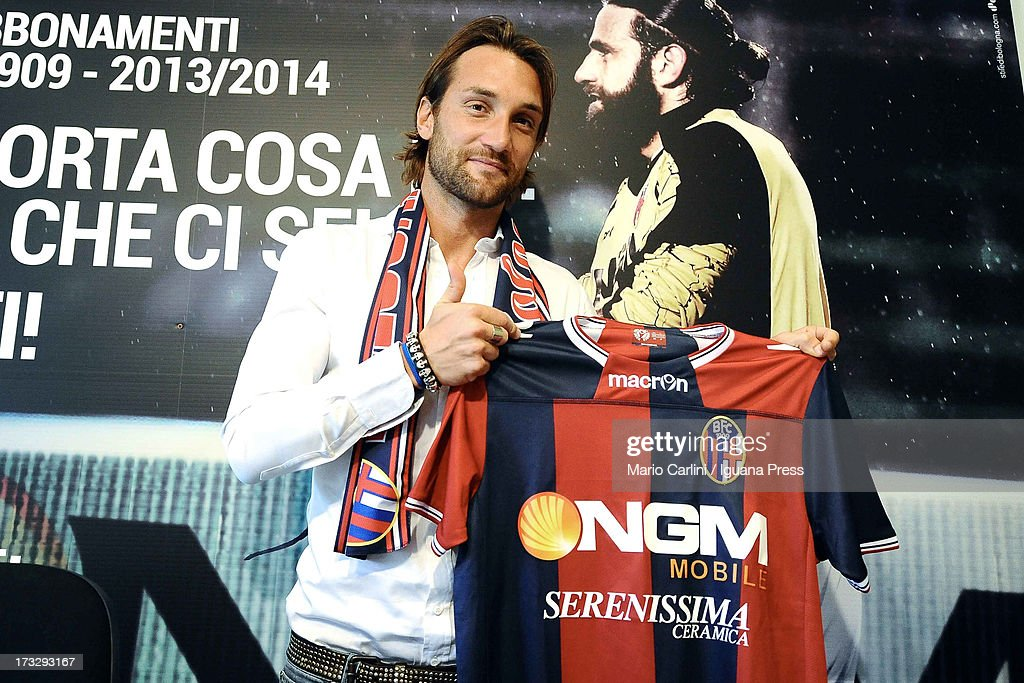 FC Bologna Unveiuls New Signing Rolando Bianchi