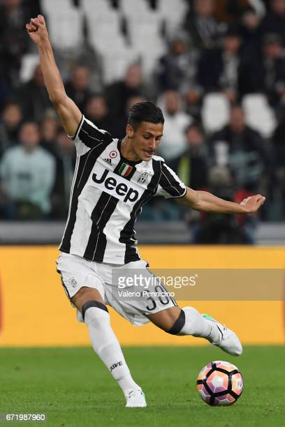Rolando Mandragora of Juventus FC in action during the Serie A match between Juventus FC and Genoa CFC at Juventus Stadium on April 23 2017 in Turin...